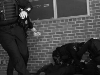 Kaynak: https://www.seattletimes.com/seattle-news/crime/2-seattle-officers-wounded-in-shooting-identified/